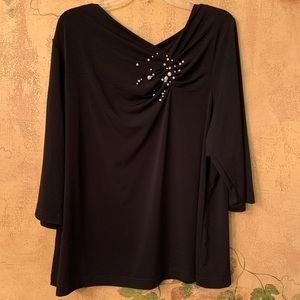 New Avenue romantic black top with pearls sz 18/20